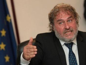 """Сегашният културен министър публично обявил Вежди Рашидов за """"стар смотаняк"""""""