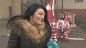 Пернишка певица създала хита за пресъхналите чешми от яд