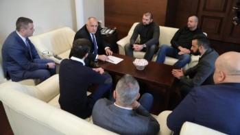 """Феновете на """"Левски"""" се кротнаха"""