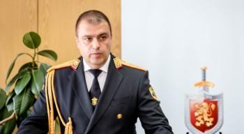 "Ст. комисар Рогачев дари лични пари на УМБАЛ ""Св. Георги"""