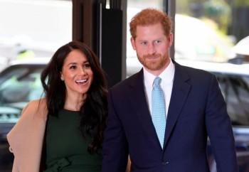 Принц Хари сам готви вечерята на жена си