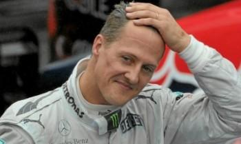 Само трима влизат при Шумахер, той говори единствено с очите си