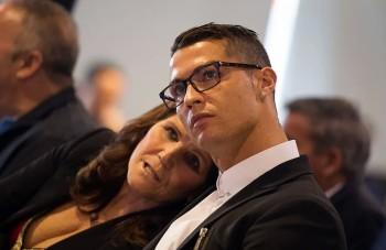 Майката на Роналдо с молба към сина си